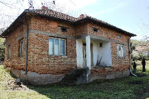 House with 3 beds in Somovit (Referent Number: KR255)