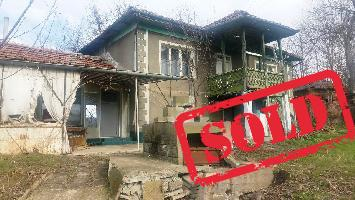 House with 3 beds in Petokladentsi (Referent Number: KR320)