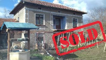 House with 4 beds in Dolna Lipnitsa (Referent Number: KR335)